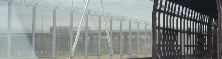 Gardul Eurotunnel cu fir ghimpat stil Nato de 4,2m