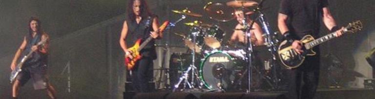 Evenimentele și concertele au nevoie de transport marfă cu feriboturile - imaginea trupei Metallica în concert